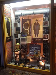 Whoa!!! Check out the MOSCOT windows at retail shop, Eyelevel, in London! Amazing!!!