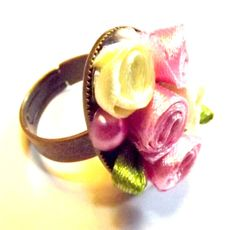 Vintage rose ring / shabby chic ring by Bellecardsandgifts on Etsy, $20.00