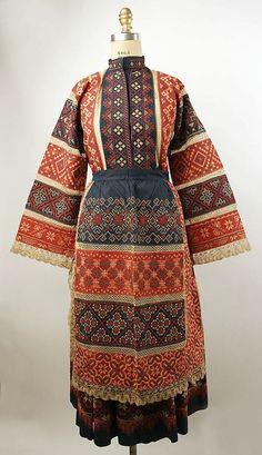 ropa tipica de rusia
