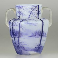 Paysage de Verre (landscape in glass)Vase by the brothers Daum, 1910.