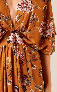 Complete your look with the Vacay Ready Maxi Dress In Mustard Floral from Showpo! Buy now, wear tomorrow with easy returns available. Casual Dresses, Casual Outfits, Summer Dresses, Diy Fashion, Fashion Dresses, Modest Wear, Indian Dresses, Pretty Dresses, Casual Looks