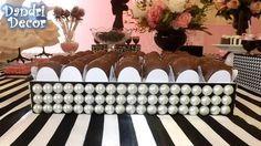 Bandeja decorada com pérolas para os doces finos - Festa Barbie Fashion