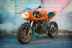 An Orange Crush - MOD Moto Ducati 750SS ~ Return of the Cafe Racers
