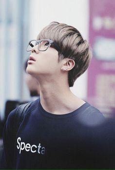 BTS (防弾少年団) - Kim Seokjin (Jin)