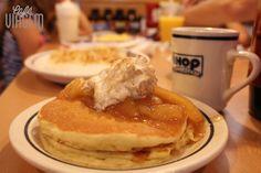 Café da manhã clássico americano. Leia mais em http://www.cafeviagem.com/cafe-da-manha-em-orlando/