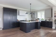 Wellington Kitchens tailored to your need. Inset Cabinets, Kitchen Cabinets, Open Plan Kitchen Dining Living, Wardrobe Doors, Vanity Cabinet, Black Kitchens, Kitchen Remodel, Kitchen Island, Kitchen Design