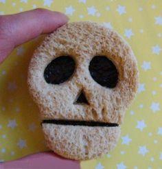 Edible Food, Edible Art, Toddler Meals, Kids Meals, Comida De Halloween Ideas, Halloween Halloween, Bread Art, Chocolate Spread, How To Eat Better