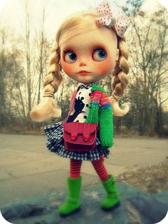 Frieda's first walk by Herzlichkeiten, via Flickr