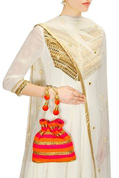 Pink orange weaved potli by Adora/Ankita Shop now… Indian Attire, Indian Wear, Indian Outfits, Burlap Gift Bags, Bling Dress, Balochi Dress, Indian Wedding Wear, Potli Bags, Indian Look