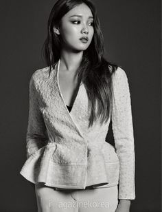 Find images and videos about korean model, korean actress and lee sung kyung on We Heart It - the app to get lost in what you love. Korean Actresses, Korean Actors, Lee Sung Kyung Wallpaper, Lee Sung Kyung Fashion, Weightlifting Kim Bok Joo, Korean Celebrities, Celebs, Korean Photoshoot, Lee Sung Kyung Photoshoot