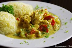 Kuřecí na kari | NejRecept.cz Chicken Curry, Czech Recipes, Ethnic Recipes, Food Porn, Poultry, Stew, Potato Salad, Mashed Potatoes, Zucchini