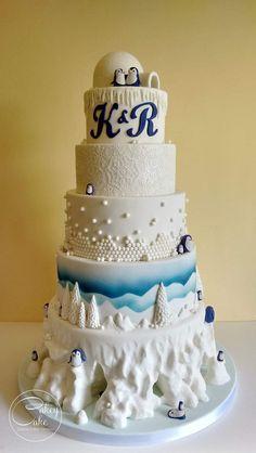 Penguin snowscape wedding cake by Gorgeous Cakes, Pretty Cakes, Amazing Cakes, Cupcakes, Cupcake Cakes, Fondant, Penguin Wedding, Penguin Cakes, Edible Cake