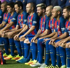 Find images and videos about football, neymar jr and Barca on We Heart It - the app to get lost in what you love. Fc Barcelona Neymar, Barcelona Team, Barcelona Football, Fc Barcelona Players, Steven Gerrard, Messi Soccer, Nike Soccer, Soccer Cleats, Soccer Sports