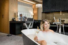 Suite Almchalet Lifestyle Modern Top Hotel Mini Bars, Modern Tops, Top Hotels, Bathtub, Bathroom, Lifestyle, Open Fireplace, Freestanding Tub, Standing Bath