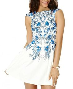 Ethnic Blue and White Porcelain Pattern Dress