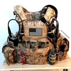 Botas Goth, Plate Carrier Setup, Special Forces Gear, Molle Gear, Battle Belt, Tactical Helmet, Combat Gear, Tactical Survival, Military Guns