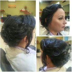 Высокий пучок из локонов.Вечерняя причёска.