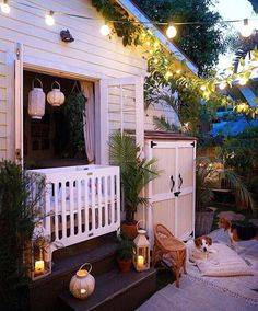 DOMINO:How to Create a Dreamy Garden in a Small Space