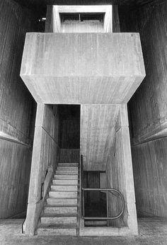 Student dorms, Negev University, Beer Sheva, Israel, 1974. Ram Karmi architect.