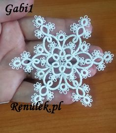 ...a właściwie to dwie śnieżynki jedna sześcioramienna Gabi1 a druga ośmioramienna Gabi2 robi się je prawie tak samo więc wzór jeden :-) ...