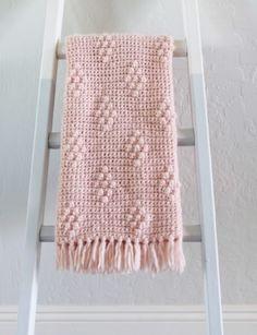 Download Diamond Berry Stitch Blanket Crochet Pattern (FREE)