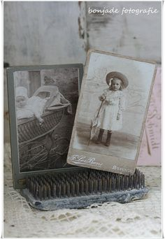 VIntage Flower Frogs for pictures....these are SO awesome for old pictures!