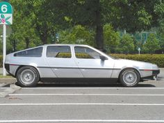 4door-Delorean