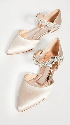 Find and compare Erin Point Toe Flats across the world's largest fashion stores! Bridal Shoes Wedges, Blue Bridal Shoes, Bridal Flats, Vintage Bridal Shoes, Bride Shoes Flats, Badgley Mischka Shoes Wedding, Wedding Shoes Bride, Flat Wedding Shoes, Wedding Day