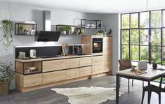 Nu mai trebuie să alegeți între modern și rustic sau între nuanțe calde și lemn de culoare deschisă. Acest model le are pe toate, mutând acum ambianța elegantă și calmă din living în bucătărie. Black Kitchens, Luxury Kitchens, Kitchen Furniture, Home Furniture, New Kitchen, Kitchen Decor, Küchen Design, Interior Design, Home Furnishings