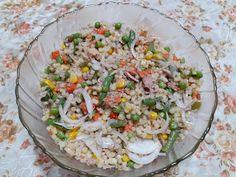 Retete cu margareta cismasiu: Salata de ton cu cus cus Fried Rice, Fries, Ethnic Recipes, Food, Salads, Essen, Meals, Nasi Goreng, Yemek