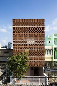 Gallery of Apartment in Binh Thanh / Sanuki Daisuke architects - 1