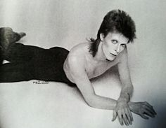 David Bowie - Outtakes from the Diamond Dogs cover