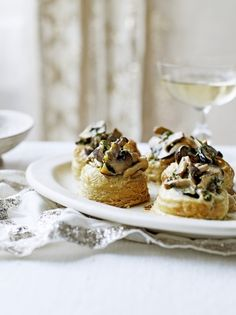 Try this mushroom vol au vent recipe from Jamie Oliver, a wonderful winter warmer whatever the occasion. You could try other vol au vent fillings, too. Vol Au Vent, Mushroom Recipes, Vegetable Recipes, Vegetarian Recipes, Cooking Recipes, Tapas, Jamie Oliver, Creamy Mushrooms, Stuffed Mushrooms