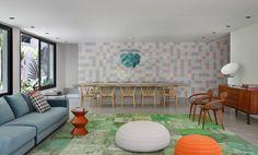 Au Brésil, l'architecte Guilherme Torres a transformé une maison des années 70 en un habitat moderne et audacieux pour une famille de Londoniens ve...