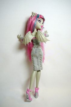 Monster High Dolls - Pattern for Dresses and Cat Suits
