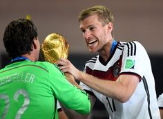 Per Mertesacker does not share his World Cup trophy