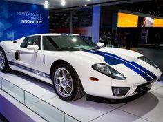 Duelo en Detroit: Acura y Ford desvelan superautos en el auto show de Detroit (Foto: 2005 Ford GT)