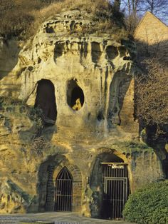 "Mortimer's Hole, a medieval passageway beneath Nottingham Castle, Nottingham, England. It is located in a commanding position on a natural promontory known as ""'Castle Rock'"", with cliffs 130 feet (40 m) high to the south and west. Built by Henry II For centuries the castle served as one of the most important in England for nobles and royalty alike. Generation 28 on family tree."