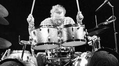 """Ginger Baker Says Farewell To Cream With Explosive """"Toad"""" Drum Solo 
