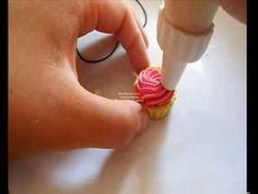 Tutorial cupcake con glassa rosa e stelline (tutorial polymer clay)