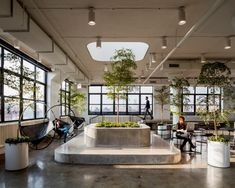 Modern office Plants - Office Tour Squarespace Offices New York City. Office Space Design, Workplace Design, Office Interior Design, Office Interiors, Office Designs, Office Spaces, Small Office, Modern Interior, New York Office
