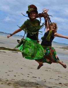Pour le créateur Fée Ethnique, voici le fashion jump de Faby & co sur une plage en France
