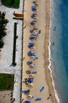 This is my Greece | The sandy beach of Rapsani almost in the center of the main city  Kavala