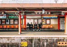 Fushimi-Inari Station Fushimi-ku Kyoto Japan. . . . #kyoto #travel #japan #viaje #japon #日本 #京都 #旅行 #fushimiinari #station #train #jr #canon #photography #photographer #streetphotography #martinepelde