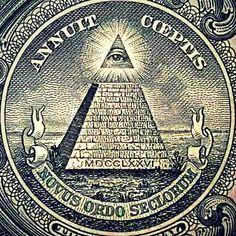 El ojo que todo lo ve y si pirámide inferior símbolo esotérico de los billetes de un dolar norteamericanos