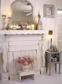 Shabby chic,you could make a fake fire place this way.would make a great wall treatment for a large space or bedroom. Shabby chic,you could make a fake fire place this way.would make a great wall treatment for a large space or bedroom. Shabby Chic Mode, Estilo Shabby Chic, Shabby Chic Living Room, Shabby Chic Interiors, Shabby Chic Bedrooms, Shabby Chic Style, Shabby Chic Furniture, White Bedrooms, Shabby Vintage