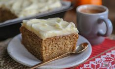 Saftig krydderkake med julesmaker l EXTRA Spice Cake, Vanilla Cake, Baked Goods, Frosting, Banana Bread, Spices, Goodies, Cooking Recipes, Pudding