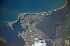 Cartagena, at the Caribbean, Colombia, seen from #ISS, Nov. 16, 1200-mm