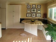 Kitchen Breakfast Bars Storage Design | Custom Cabinets for Kitchens & Bathrooms are the specialty of Darryn's ...