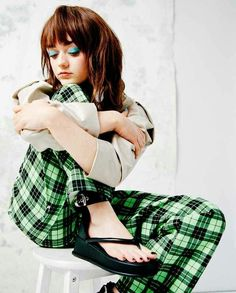 40 Hot Pictures Of Maisie Williams – Arya Stark Game Of Thrones Maisie Williams Sophie Turner, Best Young Actors, Women Legs, Arya Stark, Celebrity Feet, Woman Crush, Beautiful Actresses, Actors & Actresses, Clothes For Women
